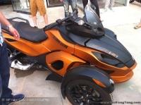 北京现货 2011款全新庞巴迪三轮Can-Am Spyder 纪念版 橘色 黑色