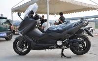 2013款亚光黑全新雅马哈T-MAX530ABS到货