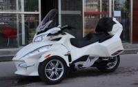 2011款白色顶配庞巴迪RTS 车况极佳,先到先得