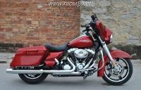 2012款 红色哈雷戴维森 街道滑翔 FLHX -103 红色 成色极佳