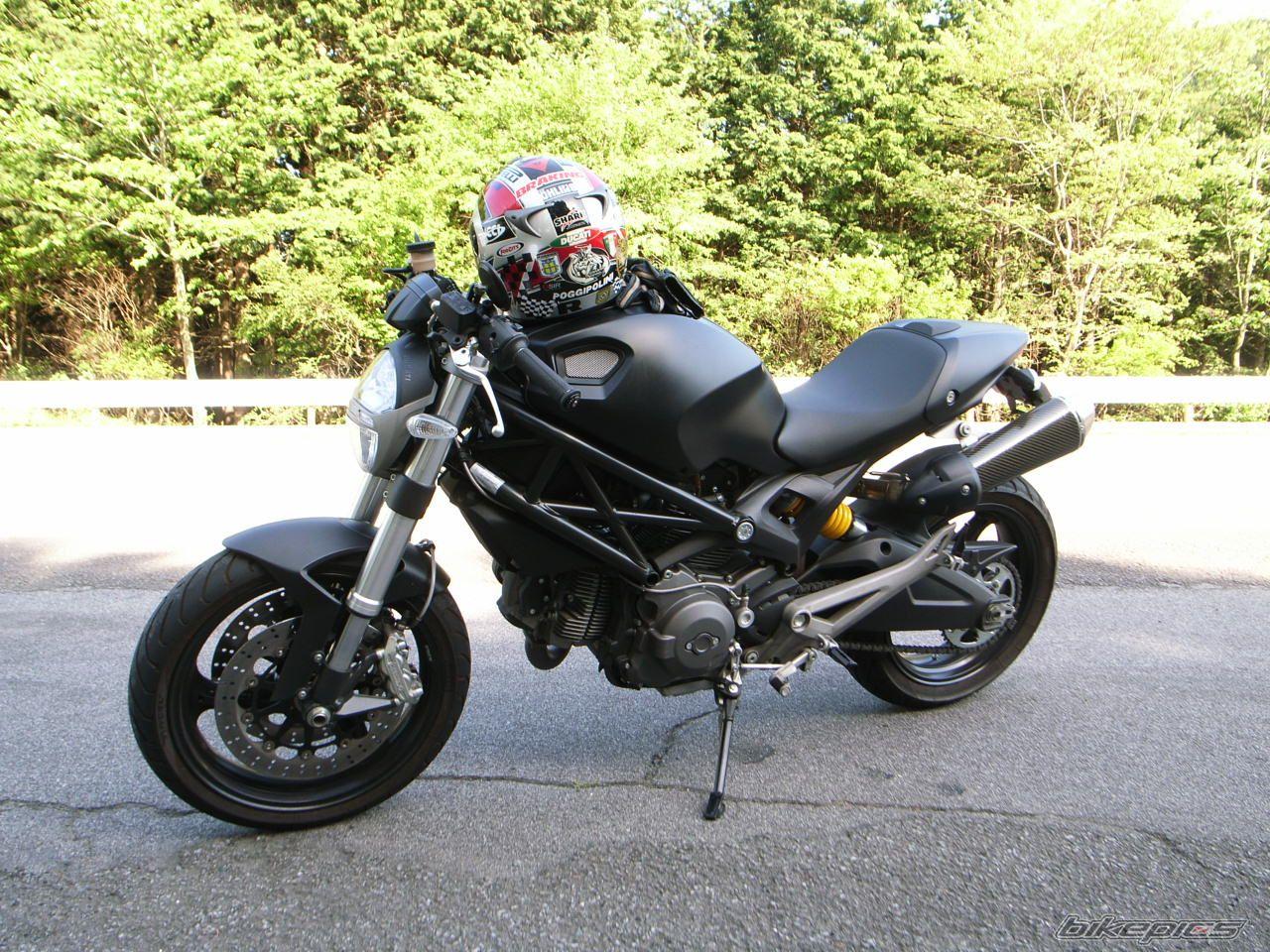 款杜卡迪Monster 696摩托车图片1
