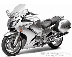 雅马哈摩托车