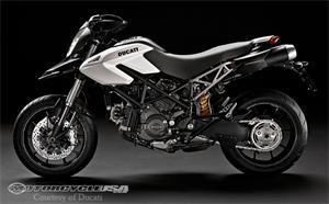 杜卡迪Hypermotard 796摩托车