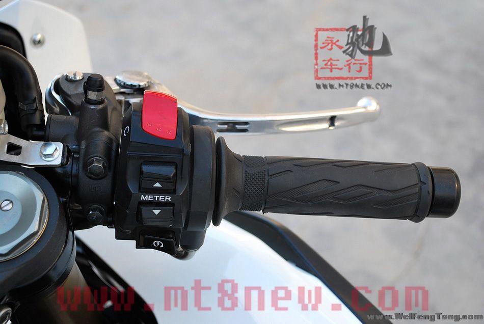 2010年铃木GSX1000R K10 图片 1