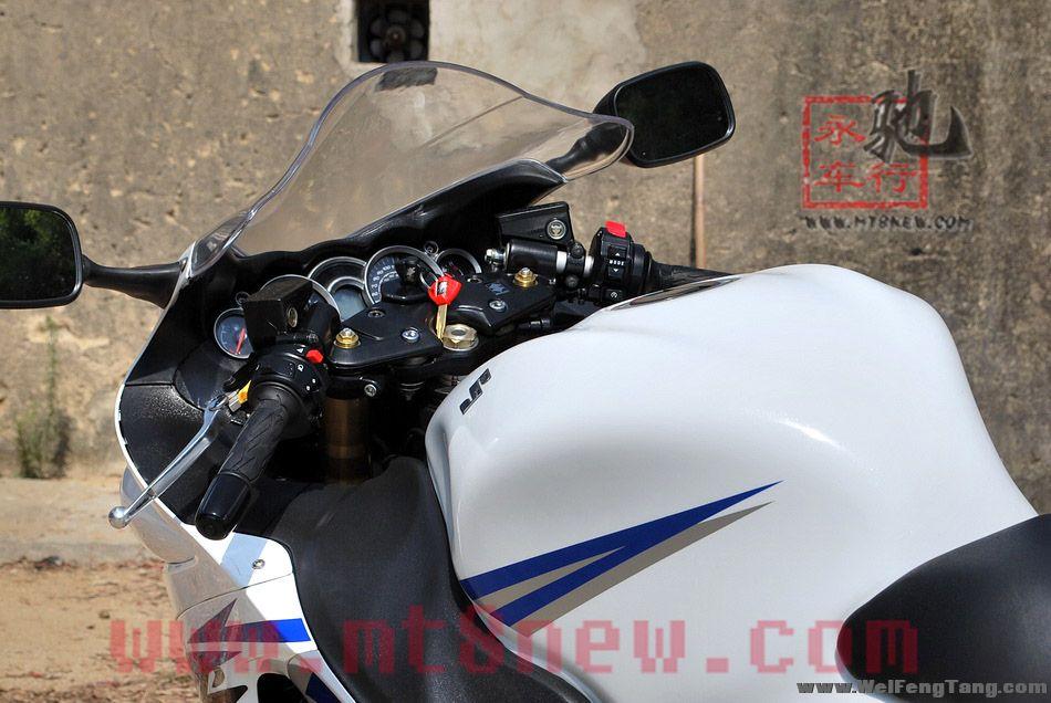 现货销售:2008年铃木GSX1300R K8隼 白色 图片 1