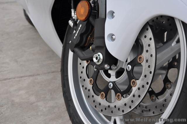 款铃木Hayabusa摩托车图片4