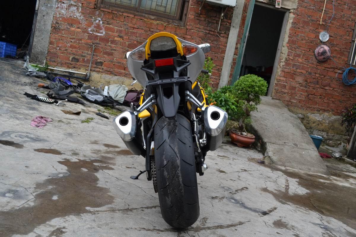 2007款铃木GSX1000 铃木大R K7 黄色 带银边不到七千公里 GSX-R1000图片 1