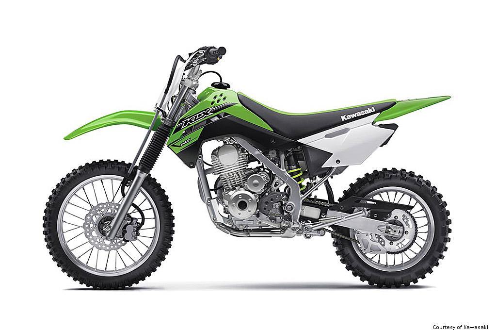 川崎KLX140摩托车