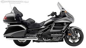 2014款本田Gold Wing 1800摩托车图片