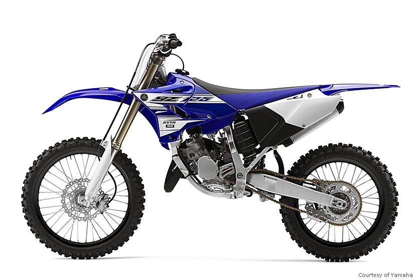 雅马哈YZ125摩托车