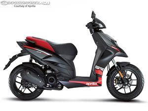 阿普利亚SR Motard 50摩托车