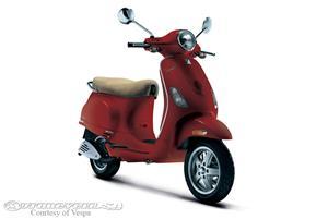 VespaLX 150摩托车