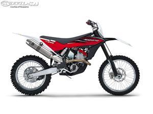 胡斯瓦纳TC 449摩托车